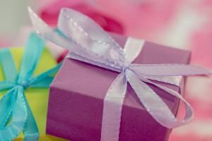 gift-553139_640