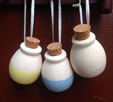 diffuser small pot ceramic white
